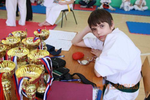 Шестые Клубные поединки УРАКЕН по каратэ кекусинкай среди детей 17