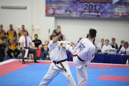 Чемпионат России по Киокусинкай каратэ 2017-urakenru тамэшивари 71