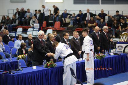 Чемпионат России по Киокусинкай каратэ 2017-urakenru тамэшивари 76